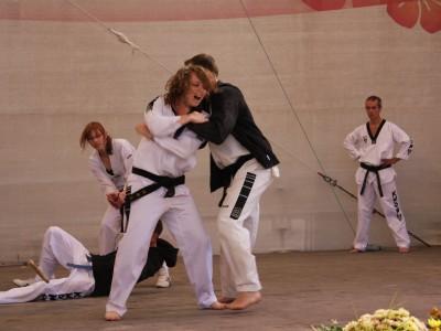 Teakwondo - Selbstverteidigung auch für Frauen