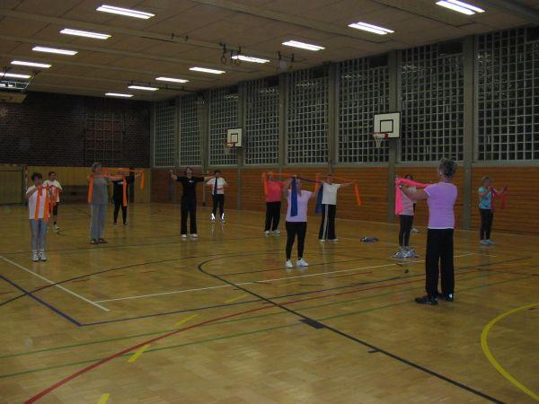 Die Frauengymnastikgruppe der TSG Irlich.