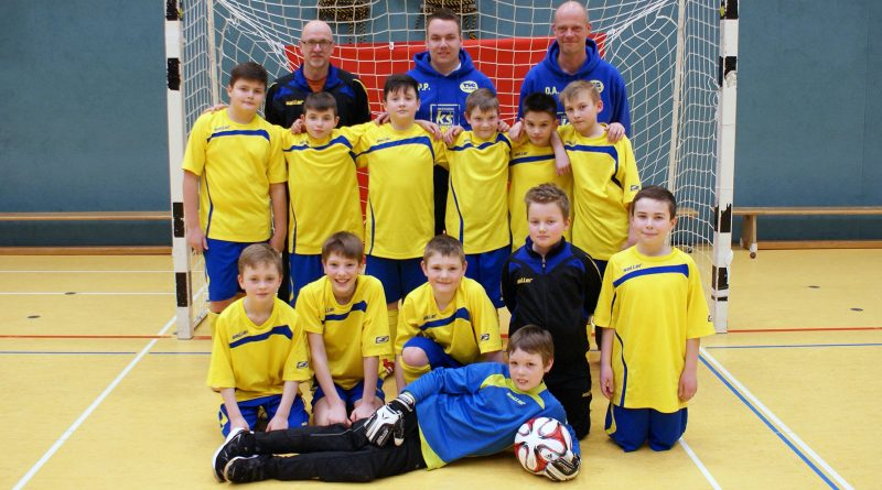 Das erfolgreiche E-Jugend-Team der TSG Irlich. Der Einzug in die Endrunde der Hallenkreismeisterschaft ist ein Erfolg für den ganzen Verein.