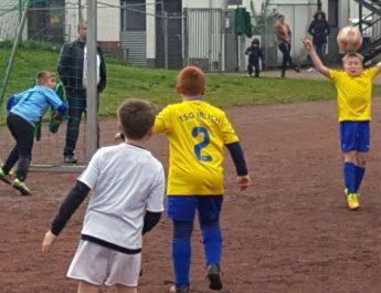 In Halbzeit zwei zeigten die Jungs erfreulicherweise den vom Trainer geforderten Einsatz.