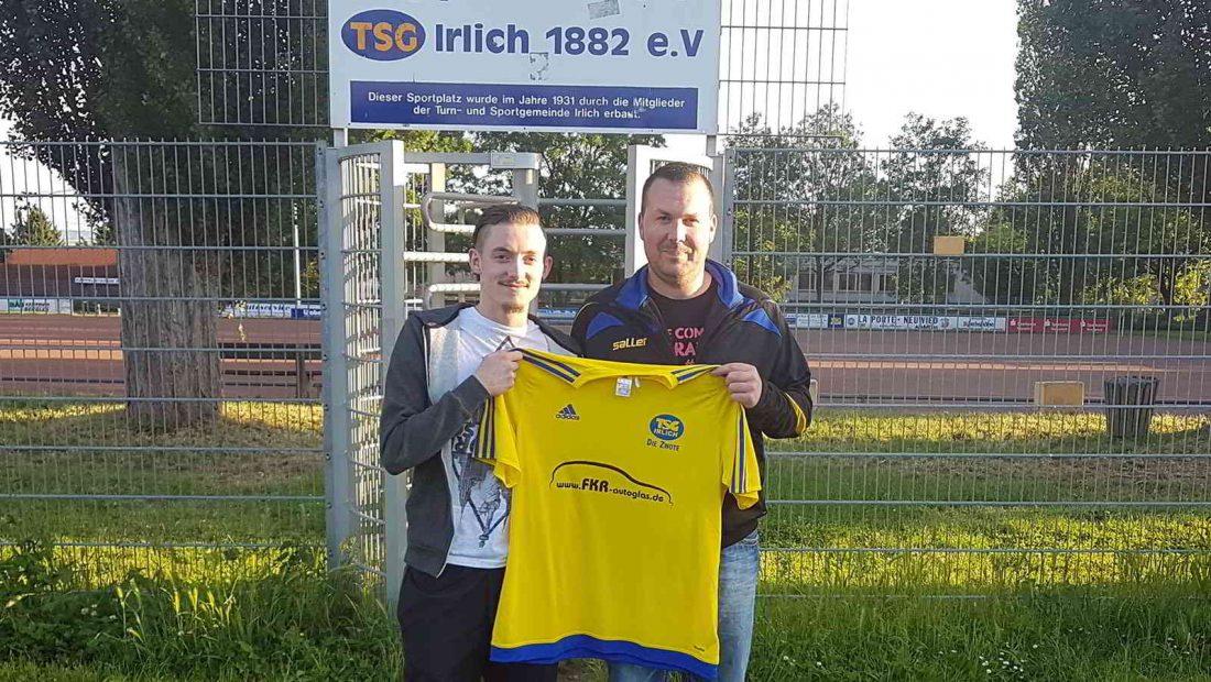 Mit Dominik Fleuth (li) wechselt Bezirksliga-Erfahrung zur TSG Irlich. Das freut auch den Abteilungsleiter Fußball, Torsten Schug.