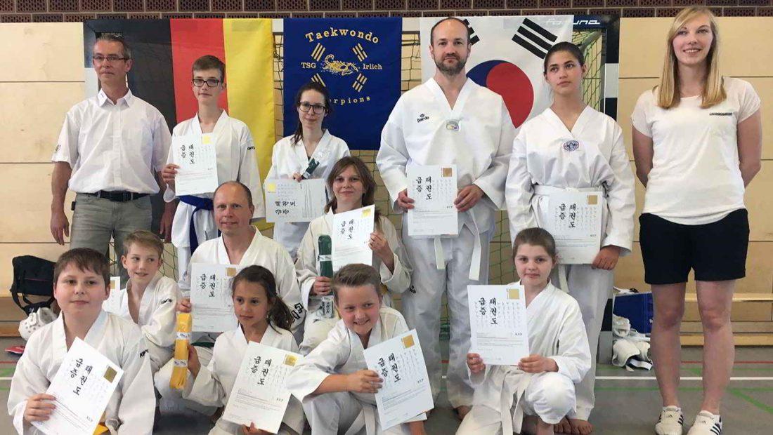TSG Irlich Taekwondo Scorpions bei Kup Gürtelprüfung im Sommer 2017.
