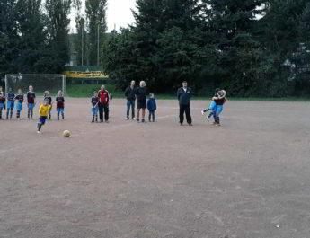 F-Jugend der TSG Irlich - verliert gegen den 1. FFC Neuwied das Spiel und siegt im obligatorischen Achtmeterschießen.