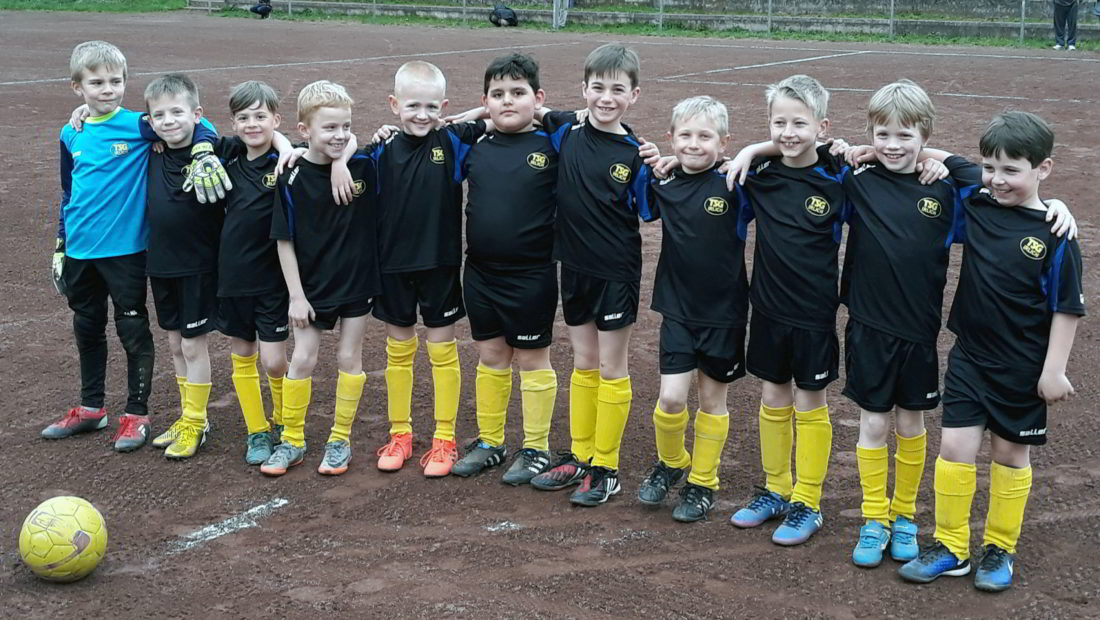 Die F2-Jugend bei ihrem Heimspiel gegen Rheinbreitbach II.