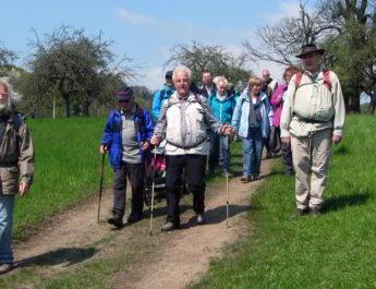 Wie in jedem Jahr macht sich die Wandergruppe der TSG Irlich am 1. Mai auf den Weg. Natürlich hoffen alle wieder auf bestes Wetter bei der diesjährigen Maiwanderung.