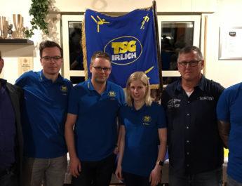 Die neue Führungsriege der TSG Irlich: v.l.n.r. Alexander Böhm (Öffentlichkeitsarbeit), Alexander Hof (Verwaltung), René Linn, (Finanzen) Melina Dinter (Breitensport), Frank Driesch (Vorsitz) und Torsten Schug (Fußball)