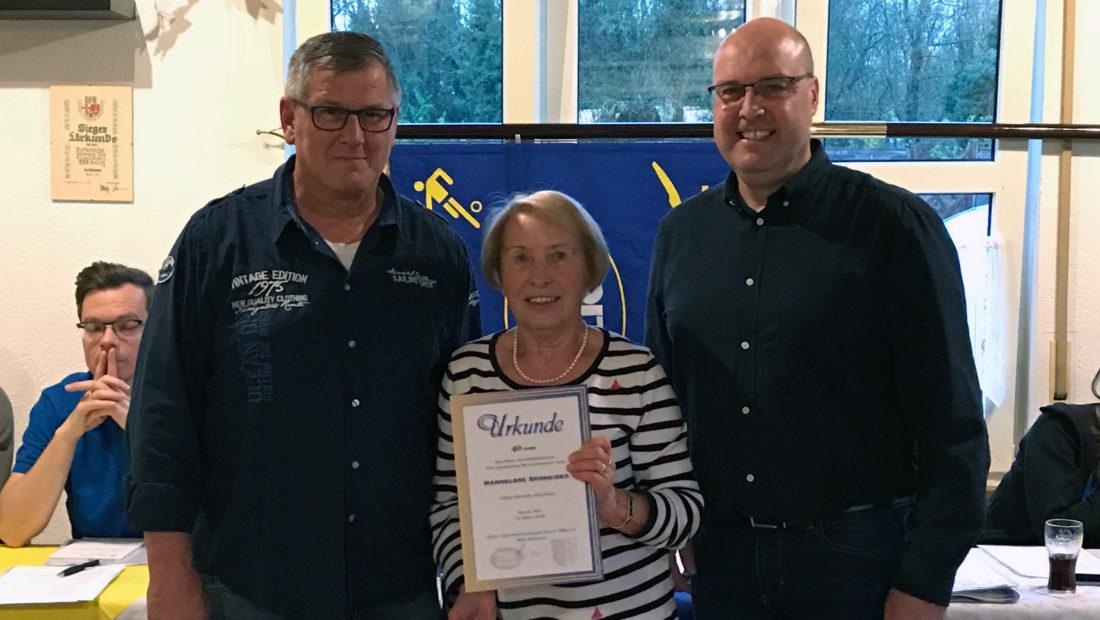 Hannelore Schneider wurde für 40 Jahre Mitgliedschaft geehrt.