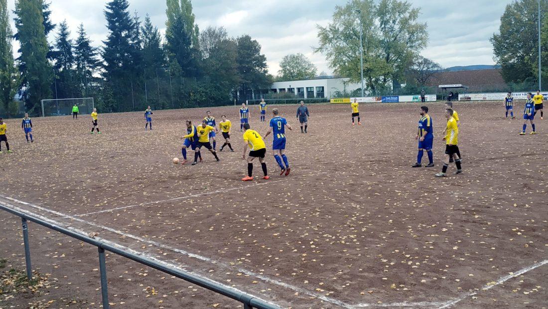 Viele Zweikämpfe und einige Tormöglichkeiten. Dennoch blieb die Partie zwischen der TSG Irlich und dem VfL Oberbieber II am Ende torlos.
