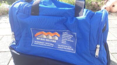 Die Rückseite der Tasche in Nahaufnahme