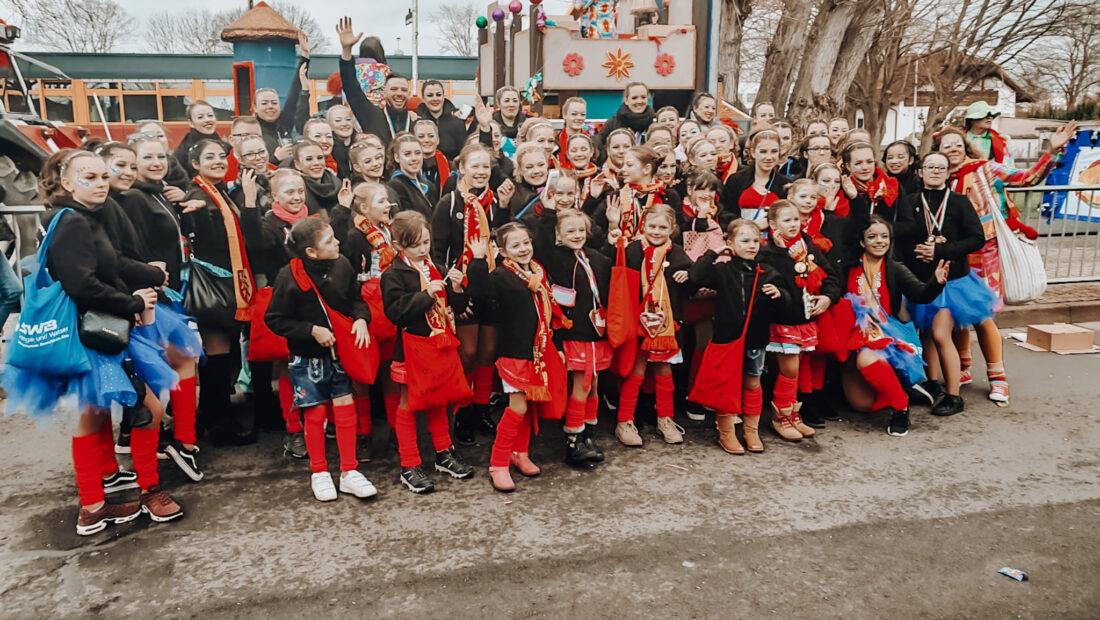 """Unsere """"Diamonds-Familie"""" am Irlicher Karnevalsumzug 2020"""